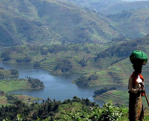 Viajar a Uganda con Bhárad